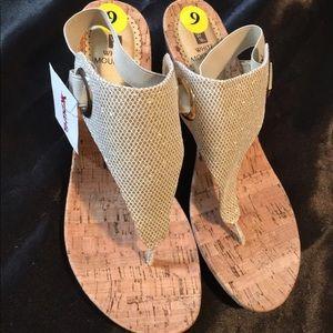 white mountain sandals New W Tags